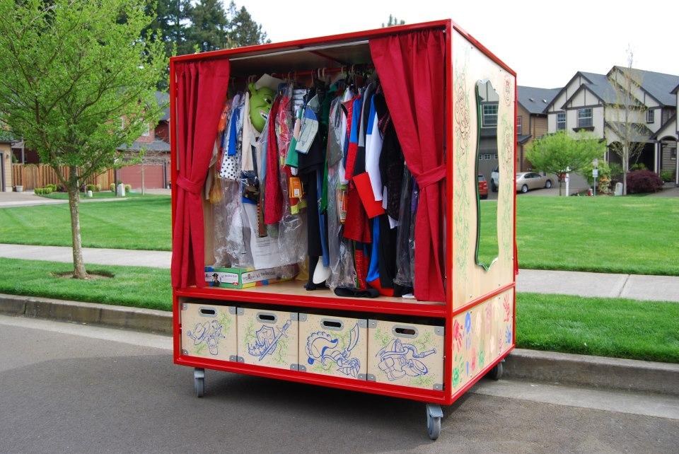 rolling-closet